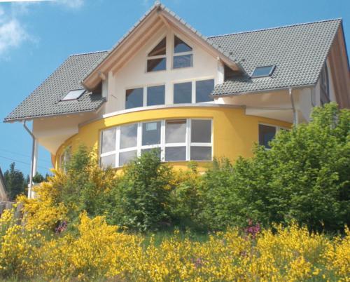 Mehrfamilienwohnhaus 2